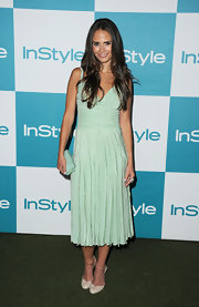 Jordana Brewster looked sweet and summery in a pleated mint dress at InStyle's Summer Soiree. The brunette beauty carried a matching box clutch and wore retro scalloped heels.