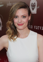 Gillian Jacobs looked gorgeous with her side-swept waves at the John Varvatos Stuart House Benefit.