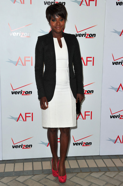 More Pics of Viola Davis Layered Razor Cut (1 of 3) - Viola Davis Lookbook - StyleBistro