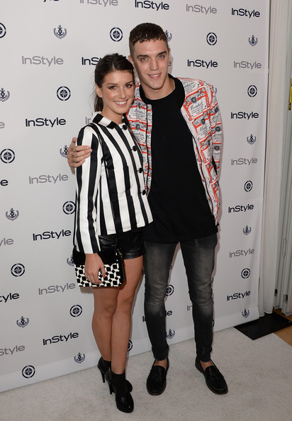 More Pics of Shenae Grimes Short Shorts (1 of 10) - Short Shorts Lookbook - StyleBistro