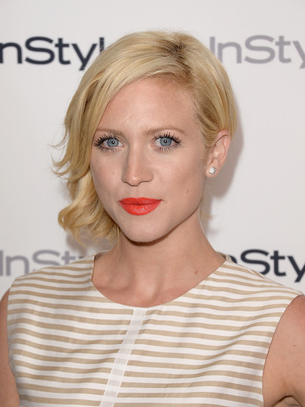 More Pics of Brittany Snow Short Wavy Cut (5 of 14) - Brittany Snow Lookbook - StyleBistro