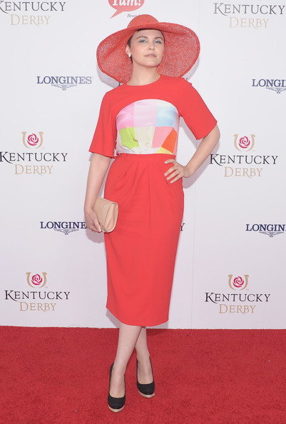 Ginnifer Goodwin paired black pumps with her boldly colored ensemble at the 138th Kentucky Derby.