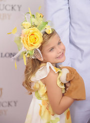 Dannielynn Birkhead completed her Kentucky Derby look with a pretty floral hat.