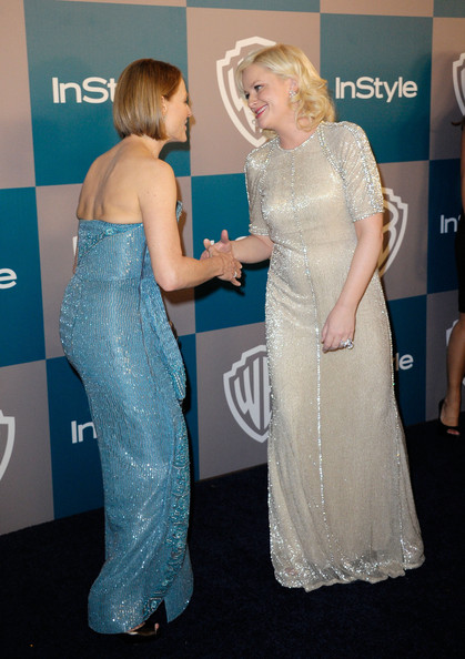 More Pics of Jodie Foster Bob (1 of 6) - Short Hairstyles Lookbook - StyleBistro [dress,clothing,shoulder,carpet,gown,hairstyle,premiere,red carpet,fashion,flooring,actresses,amy poehler,jodie foster,instyle golden globe awards,hotel,beverly hills,california,warner bros,arrivals,party]