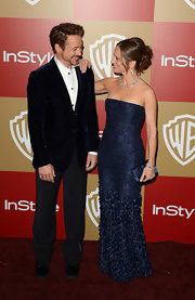 Susan Downey looked downright elegant in her multi-textured strapless blue evening dress at the Golden Globes after-party.