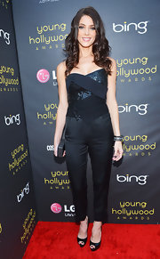 Ashley Greene pushed the fashion envelope in this stunning number at the Young Hollywood Awards.