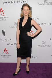 Cynthia Nixon looked sharp in a sleek LBD at the ACE Awards.