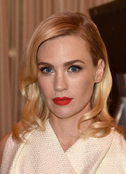 January Jones rocked a perfect red lip at the 2016 AFI Awards.
