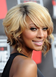 Keri Hilson rocked a blond inverted bob to the 2011 Critics Choice Awards.