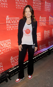 Olivia Wilde kept it casual and relaxed at the EIF Revlon Run Walk for Women when she paired a black zip-up over her tee.
