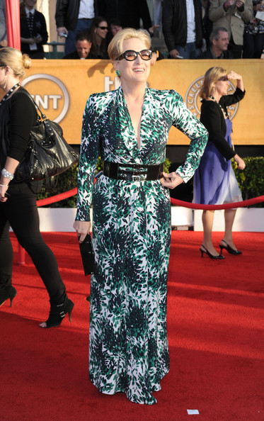 http://www2.pictures.stylebistro.com/gi/16th+Annual+Screen+Actors+Guild+Awards+Arrivals+N6ZnW-m2CT2l.jpg