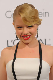 Sofia Vassilieva looked glamorous in a retro updo at the Women in Hollywood Tribute.