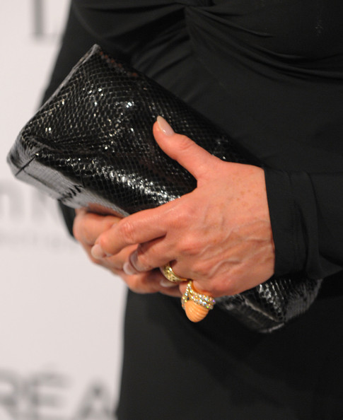More Pics of Julie Andrews Short Side Part (1 of 6) - Short Hairstyles Lookbook - StyleBistro [bag,hand,leather,handbag,wallet,fashion accessory,finger,coin purse,gesture,zipper,16th annual women in hollywood tribute - arrivals,julie andrews,loreal paris legend award,beverly hills,california,four seasons hotel,elle women in hollywood tribute]