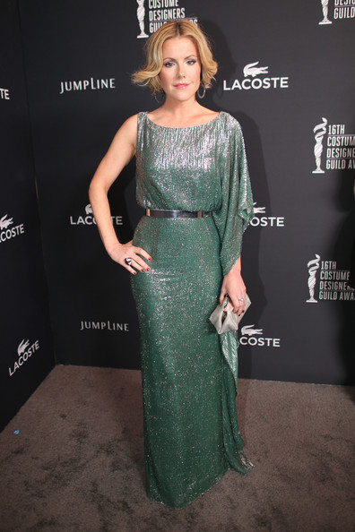 Kathleen Robertson looked quite the diva in an asymmetrical, fully sequined seafoam-green gown at the Costume Designers Guild Awards.