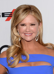 Nancy O'Dell looked oh-so-charming with her sculpted waves during the Hollywood Film Awards.