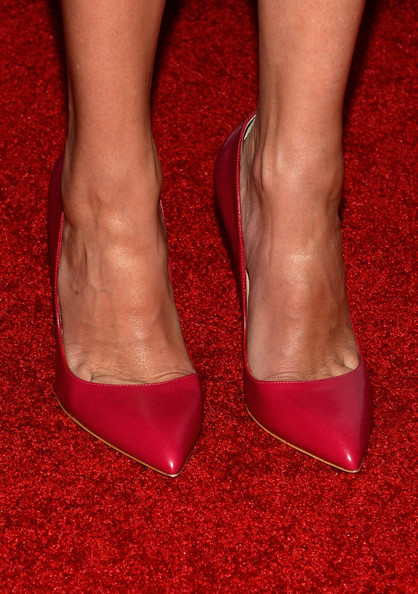 More Pics of Julia Roberts Pumps (1 of 23) - Julia Roberts Lookbook - StyleBistro