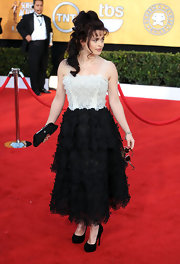 Helena Bonham Carter looked lovely in black platform pumps.