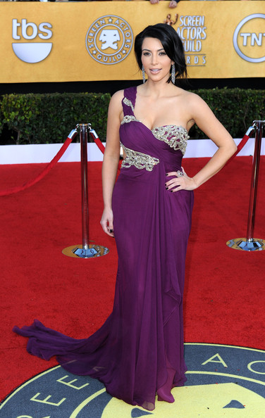 http://www2.pictures.stylebistro.com/gi/17th+Annual+Screen+Actors+Guild+Awards+Arrivals+pZkBfXw1Hz5l.jpg