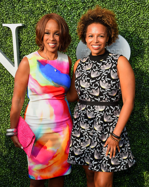 More Pics of Gayle King Pumps (1 of 2) - Gayle King Lookbook - StyleBistro [clothing,dress,cocktail dress,fashion,summer,fun,day dress,event,grass,pattern,borough,queens,new york city,usta billie jean king national tennis center,annual usta foundation opening night gala,gayle king,kirby bumpus]