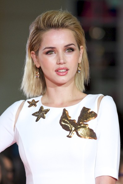 More Pics of Ana de Armas Gold Ring (1 of 4) - Decorative Rings Lookbook - StyleBistro [hair,blond,hairstyle,fashion,fashion model,beauty,shoulder,lip,lady,brown hair,ana de armas,dioses y perros,spanish,malaga,cervantes theater,malaga film festival,premiere]