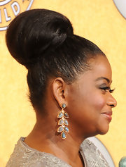 Octavia Spencer wore her hair in a voluminous classic bun at the 18th Annual SAG Awards.