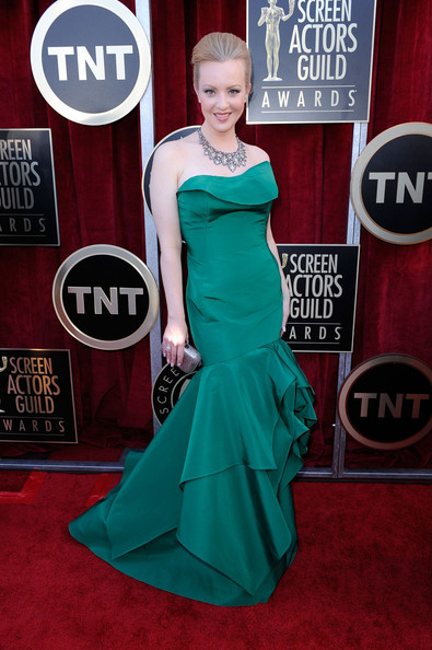 Gretchen Mol wore a luxe emerald taffeta gown to the SAG Awards.