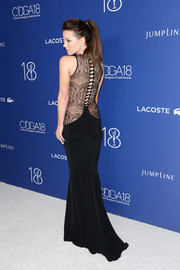 Kate Beckinsale made jaws drop with this lace-back fishtail gown by Hamel at the Costume Designers Guild Awards.
