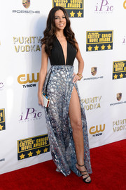 Terri Seymour revealed her more daring side in this low-cut, high-slit dress at the Critics' Choice Awards.