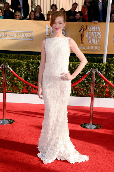 Jayma Mays Wore a High-Neck Off-White Beaded Gown at the 2013 SAG Awards