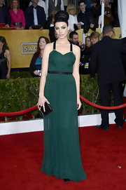 Jessica Pare looked like retro magic in this emerald chiffon gown with contrast black straps.