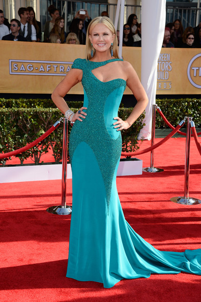 http://www2.pictures.stylebistro.com/gi/19th+Annual+Screen+Actors+Guild+Awards+Arrivals+SAw7zY6WwZkl.jpg