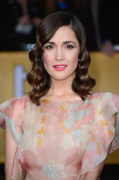 More Pics of Rose Byrne Evening Dress (5 of 16) - Rose Byrne Lookbook - StyleBistro