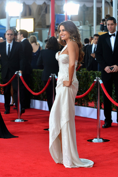 http://www2.pictures.stylebistro.com/gi/19th+Annual+Screen+Actors+Guild+Awards+Arrivals+nNNrzUBpoPrl.jpg