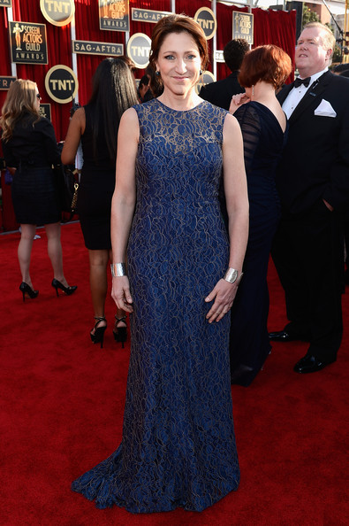 Edie Falco Wore a Custom Chagoury Gown at the 2013 SAG Awards