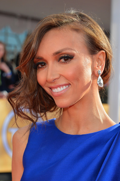More Pics of Giuliana Rancic Evening Dress (1 of 8) - Giuliana Rancic Lookbook - StyleBistro