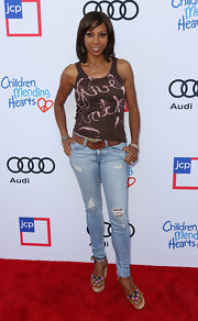 Holly Robinson finished off her casual attire with a pair of colorful wedges.