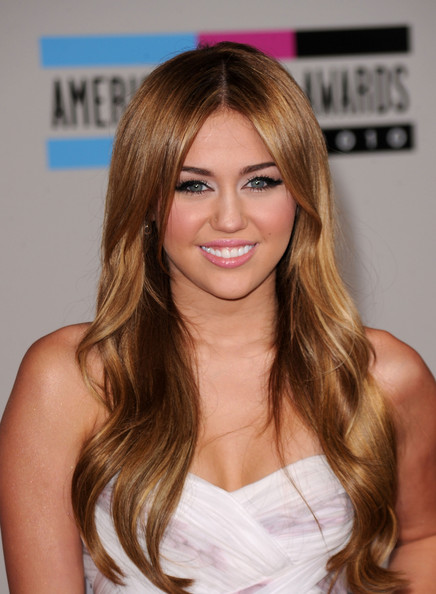 How Does Miley Cyrus Do Her Hair Hairstyle Tips Livingly