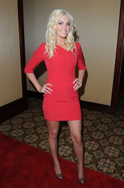 Karissa Shannon went for simple elegance in a pair of taupe pumps and a red mini dress at the 2010 Cedars-Sinai Sports Spectacular.
