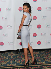 Selita looked fabulous in a Victoria Beckham dress with sexy sparkling pumps.