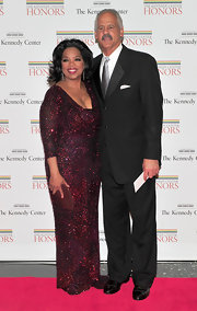 Oprah Winfrey looked ultra sophisticated at the 2010 Kennedy Center Honors in a beaded column gown.