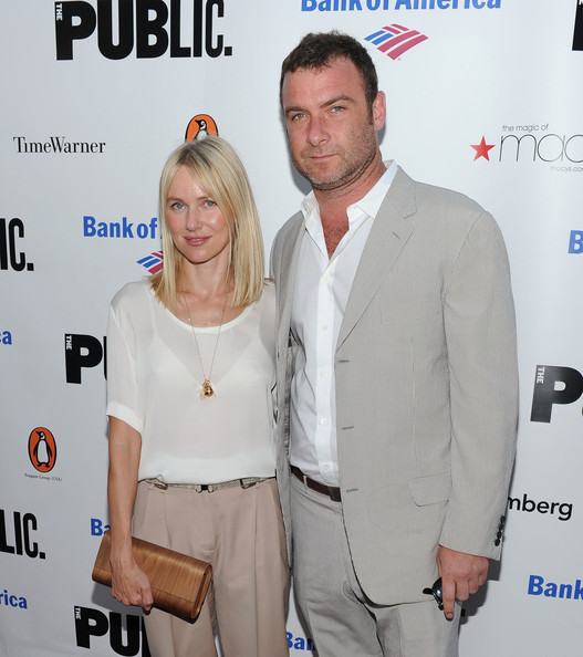 More Pics of Naomi Watts Silver Chain (3 of 4) - Silver Chain Lookbook - StyleBistro