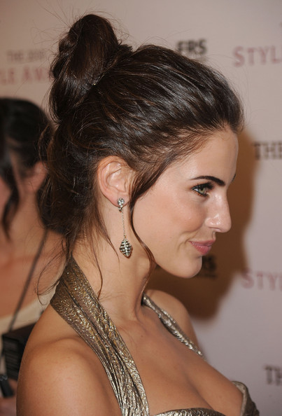 More Pics of Jessica Lowndes Classic Bun (1 of 30) - Jessica Lowndes Lookbook - StyleBistro