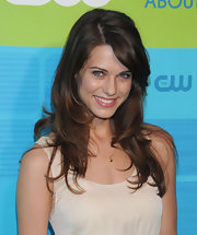 Lyndsy was all smiles as she showed off her layered cut while walking the  red carpet at the CW party.