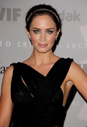 Actress Emily Blunt showed off her stunning beauty while hitting the red carpet at the Crystal Awards.
