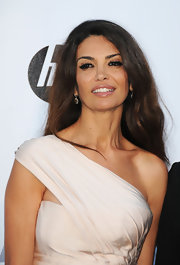 Afef Jnifen looked like a goddess with her long wavy hair at the amfAR's Cinema Against AIDS Gala.