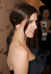 Anna Kendrick attended the 2011 Art of Elysium Heaven Gala wearing 14-karat yellow gold earrings with chocolate diamonds.