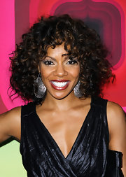 Wendy Raquel Robinson looked fun and party-ready with her voluminous curly 'do.