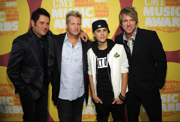 Lead Vocalist, Gary Levox wore a black diamond Cross necklace to the 2011 CMT Awards.