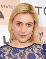 Greta Gerwig went for simple styling with this short side-parted 'do at the 2011 Film Independent Spirit Awards.