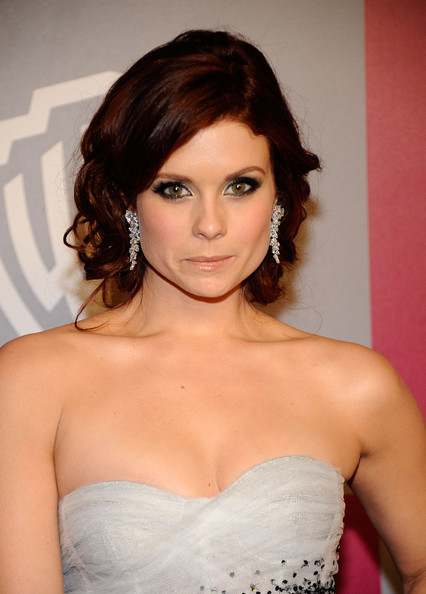 More Pics of Joanna Garcia Satin Clutch (1 of 2) - Joanna Garcia Lookbook - StyleBistro